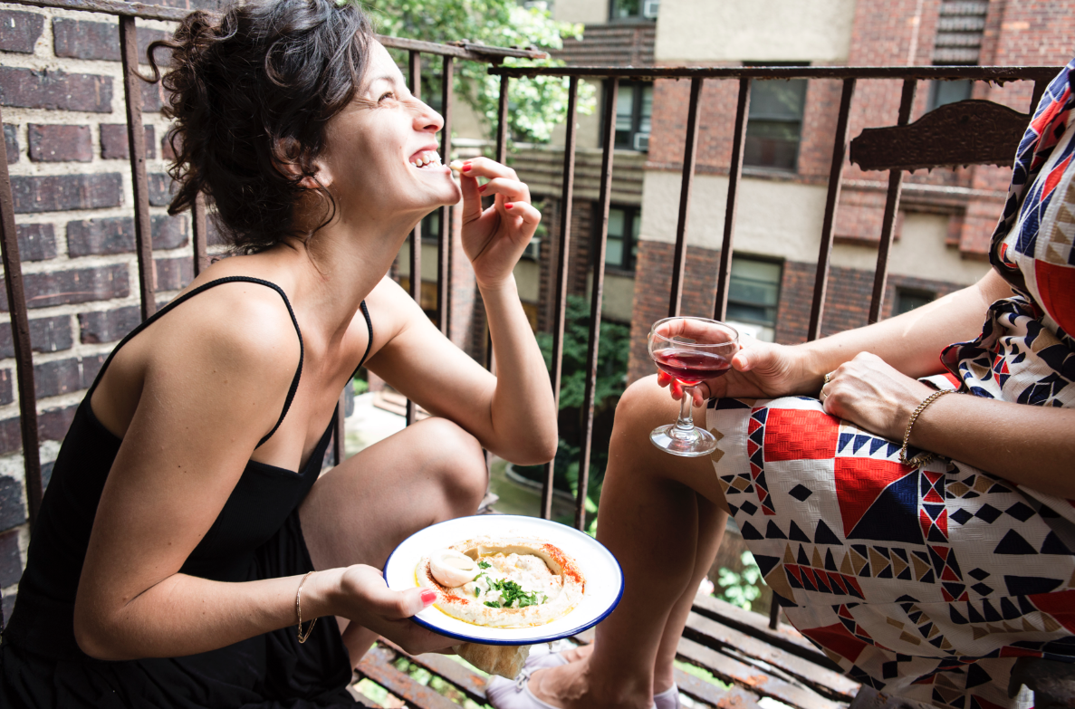 The Couchsurfing of Eating Out, By Elva Carri