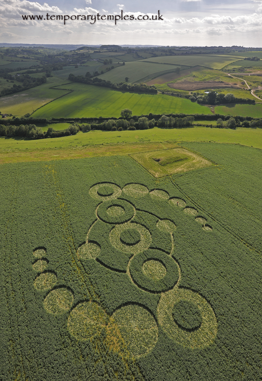 Crop circle photography uk