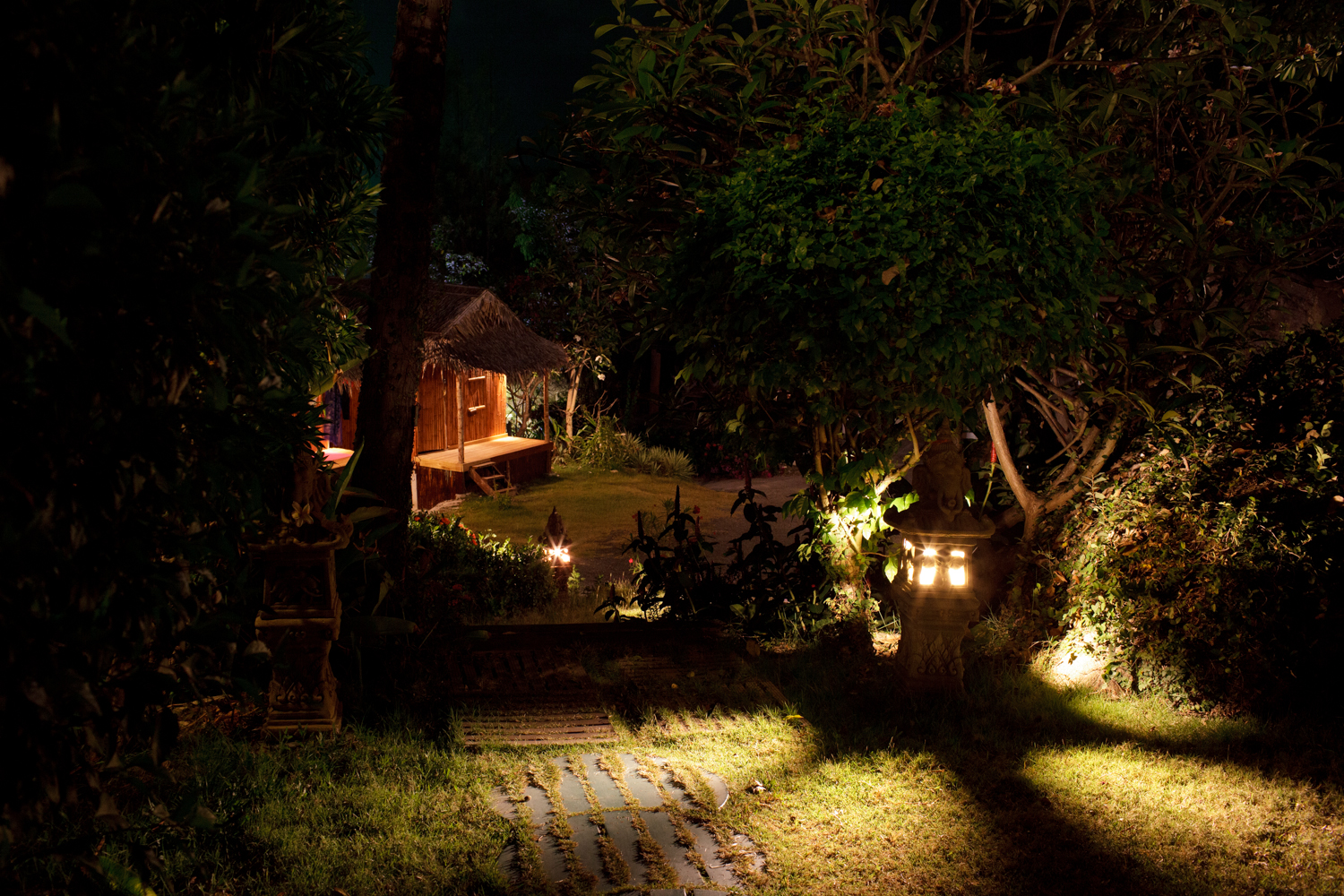 Spring Sneak Peek: Exploring Your Edges, An Honest Retreat in Koh Samui, by Victoria Mary Clarke