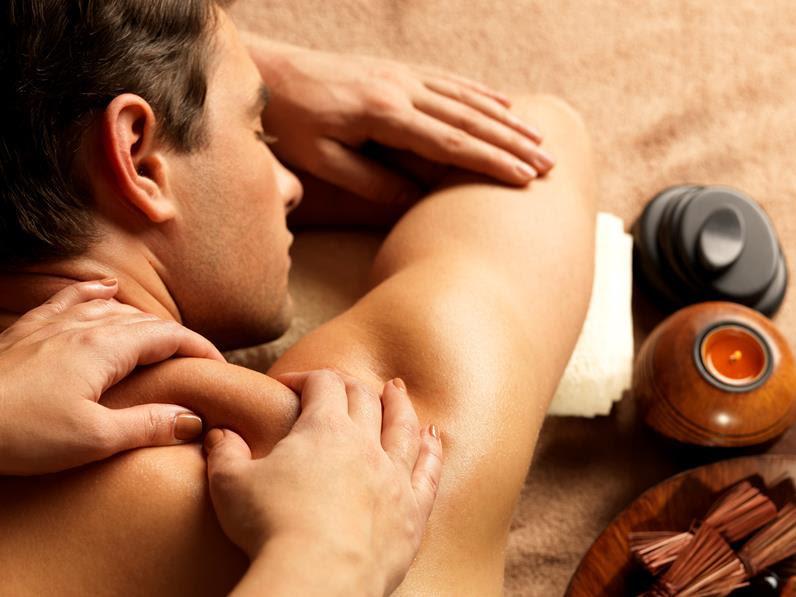 Lomi massage Eva